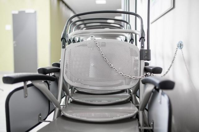 Neue Tranportrollstühle für das Klinikum Leer
